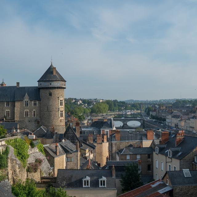 Tour du Vieux Château de Laval