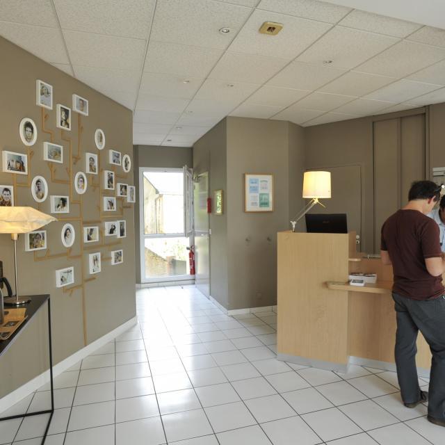Hotel Marin - Laval - accueil