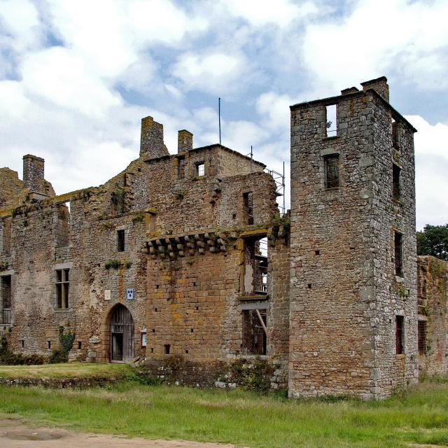 Chateau du Bois-Thibault Lassay Les Chateaux