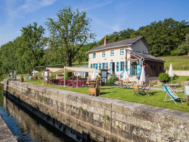 Maison Eclusiere La benatre Mayenne (riviere) - Le Beyel