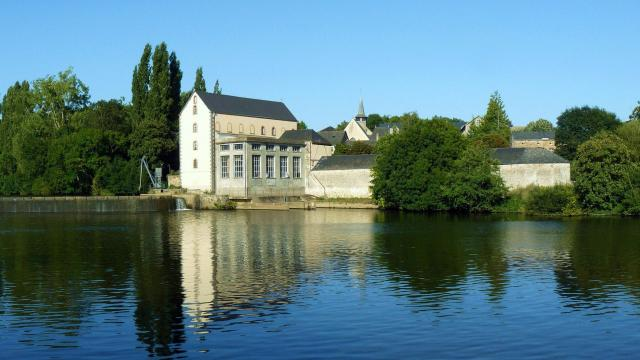 Abbaye Port Du Salut à Entrammes